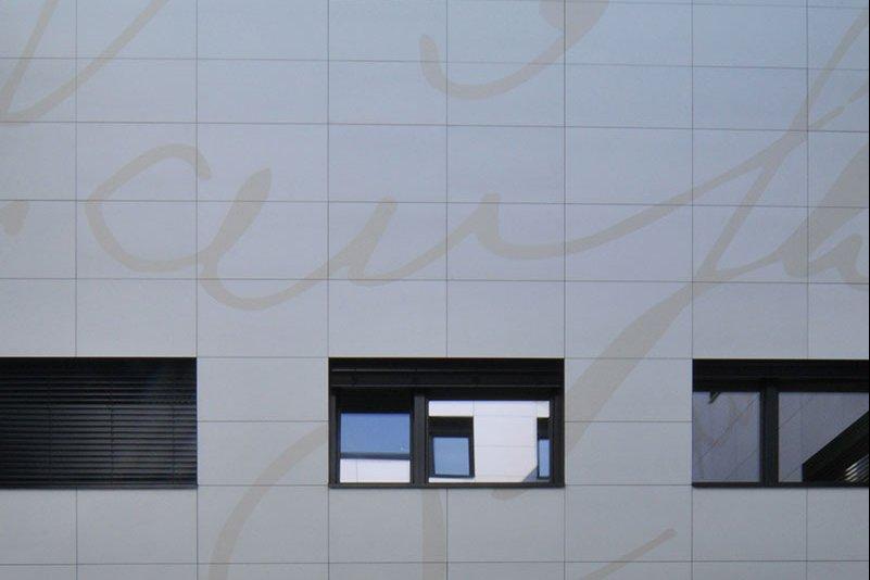 bedruckte Beton Fassade