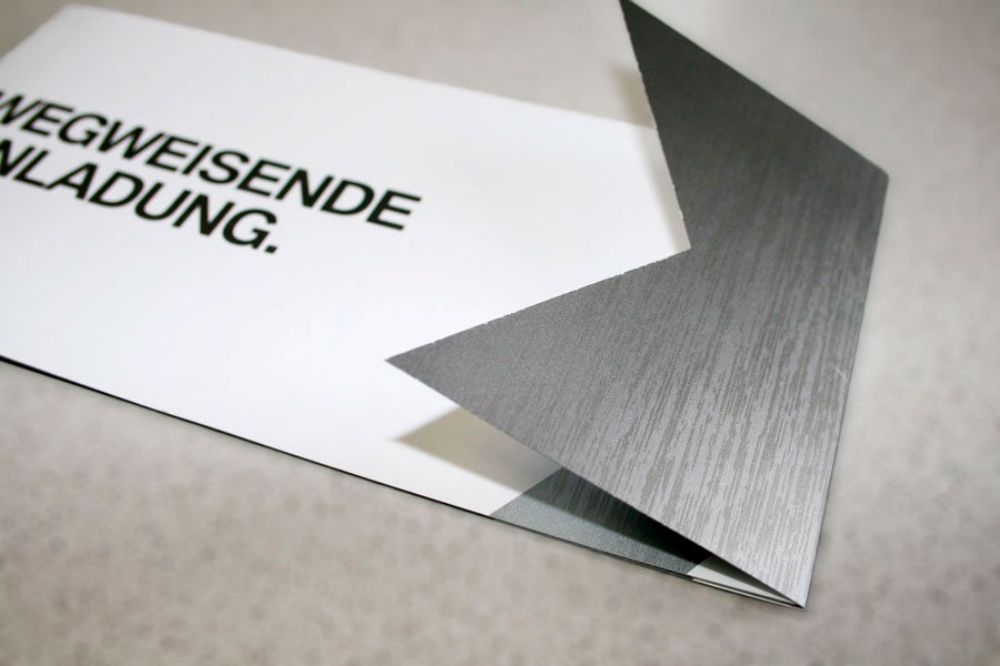 Turbo Druckveredelung Alu gebürstet, Carbon - Einladungskarten für BMW QH04