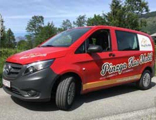 Pinzga Kas Mobil – Beschriftung mit gegossener Folie