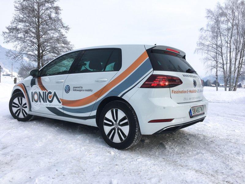ionica e-mobilität fahrzeugebeschriftung