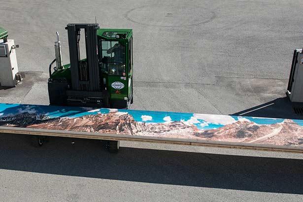 Großformatdruck Panorama Holzbild auf Stapler