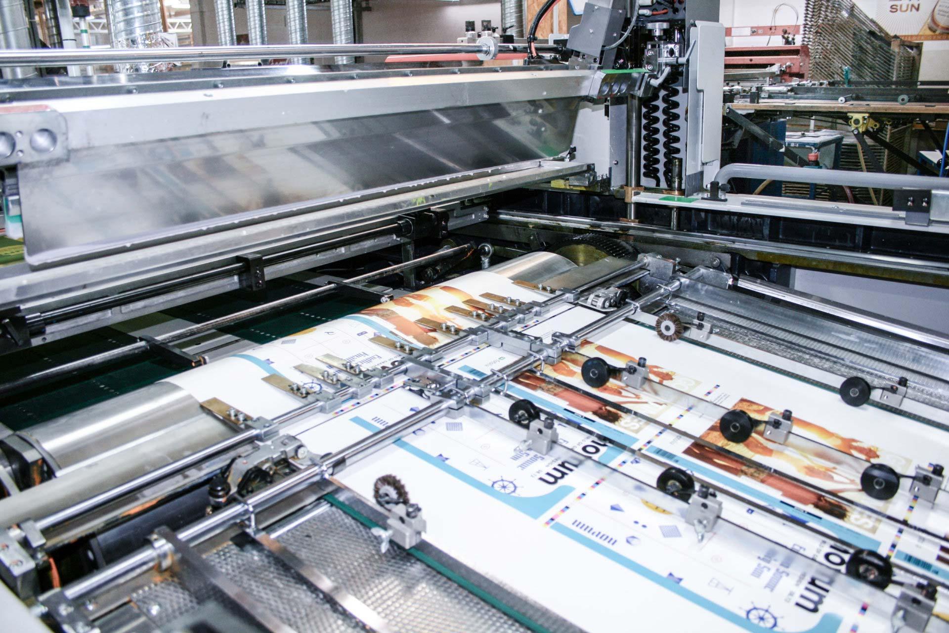 Kunstdruck mit Siebdruckmaschine