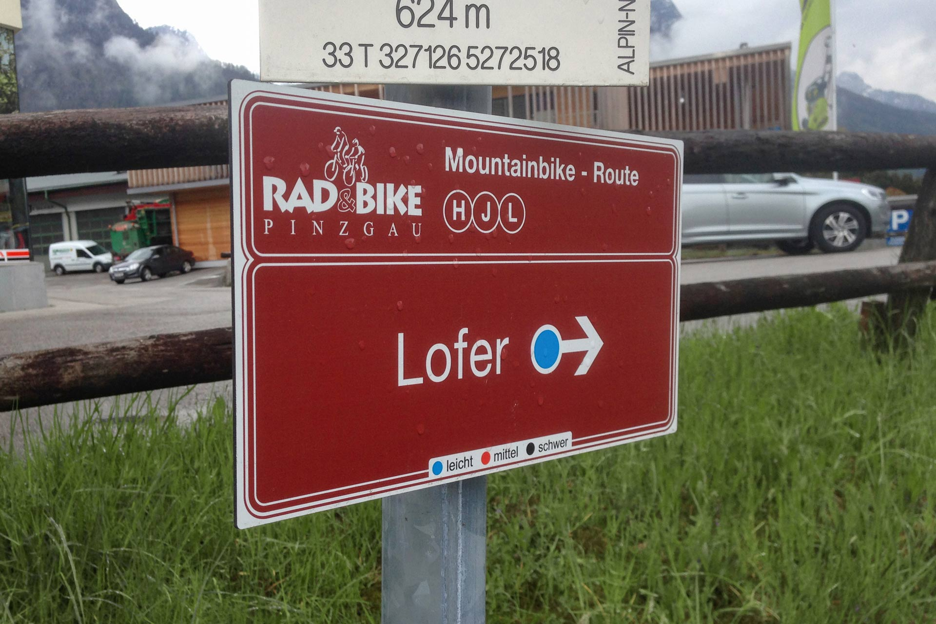 Radweg Aluschild